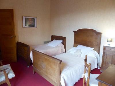 chambre d 39 hote familiale carcassonne 4 personnes. Black Bedroom Furniture Sets. Home Design Ideas